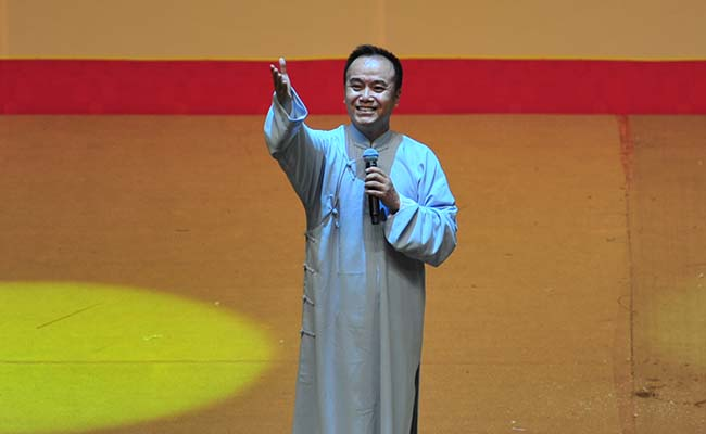 北京曲协副主席、北京曲艺团国家一级演员种玉杰演唱京韵大鼓《重整河山待后生》